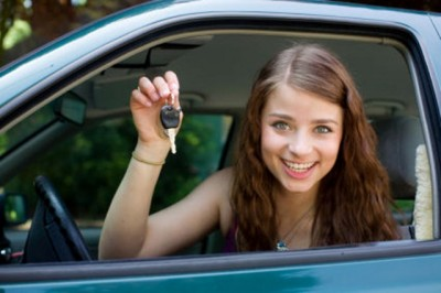 Choose The Best Driving School Which Can Improve Your Driving Skills