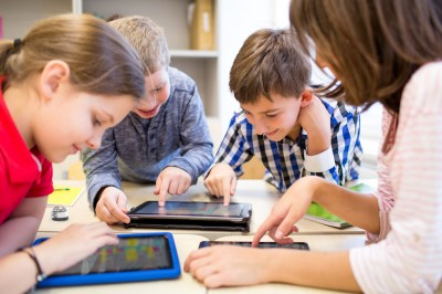 Get Smart With Your Phone: The Best Educational Apps For