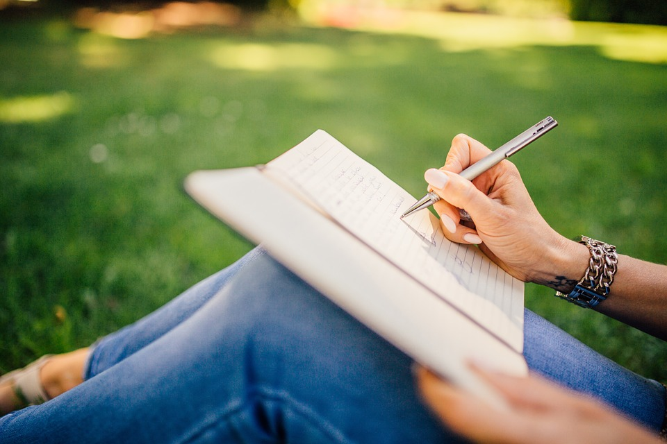 8 Winning Habits Of A Student In Writing