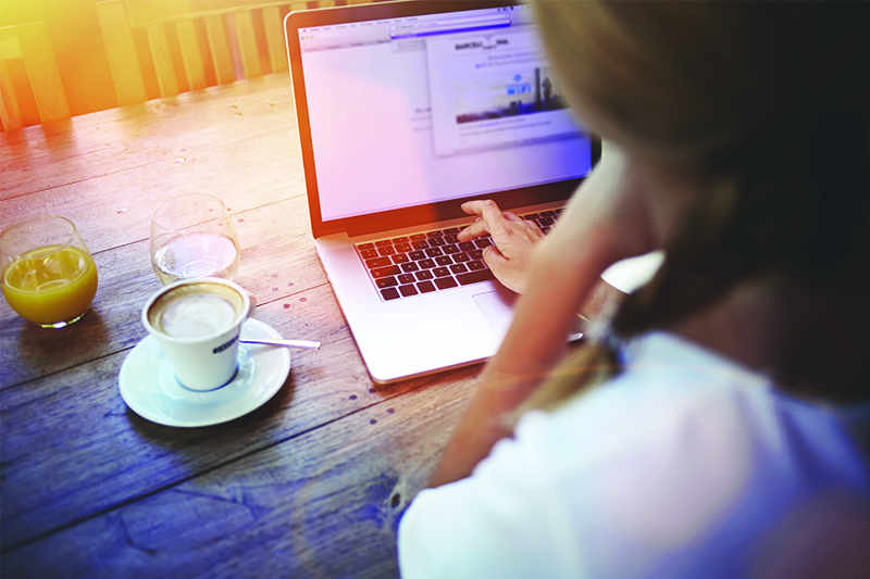How To Use Social Media To Thrive As Freelance Writer