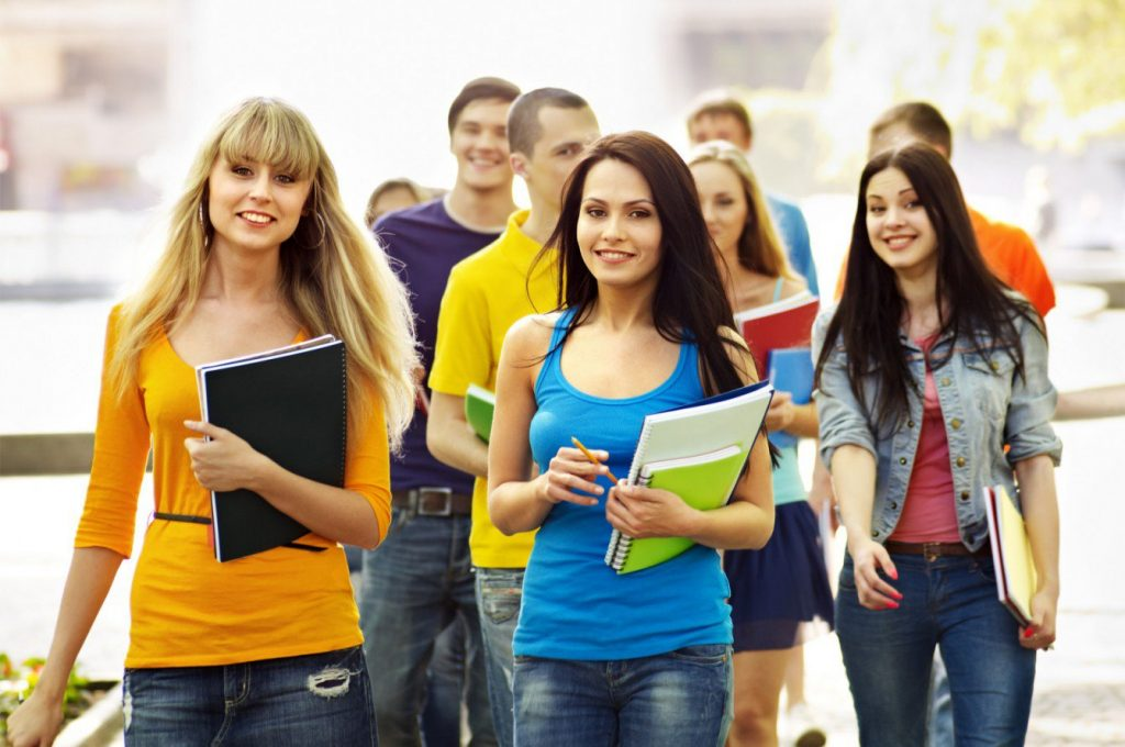 Why It Is Important To Be A Good Student?