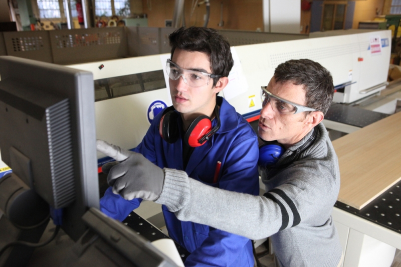 Get The Proper Industrial Training For A Great New Career