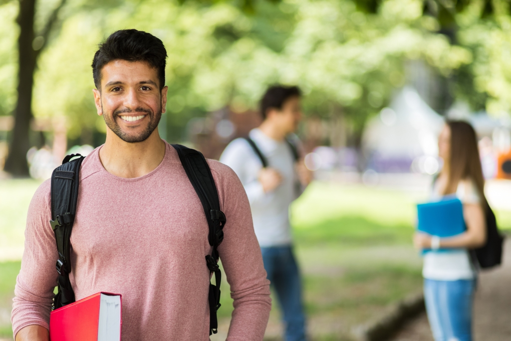Before Finishing Your Degree – Consider These 4 Workplace Trends